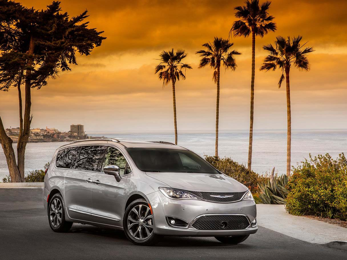 Acura Lease Deals >> 2017 Chrysler PACIFICA Minivan Lease Offers - Car Lease CLO