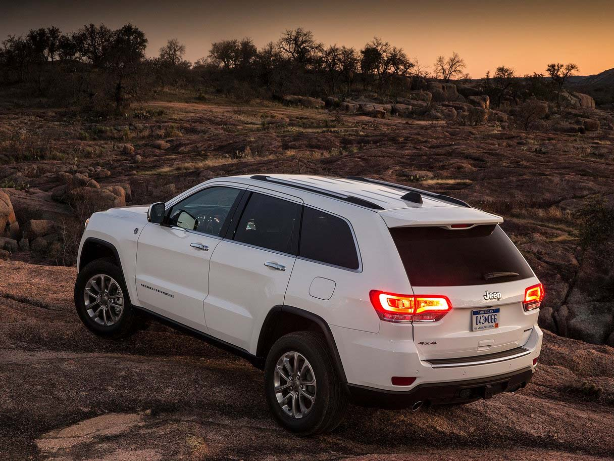 2018 Jeep GRAND CHEROKEE SUV Full